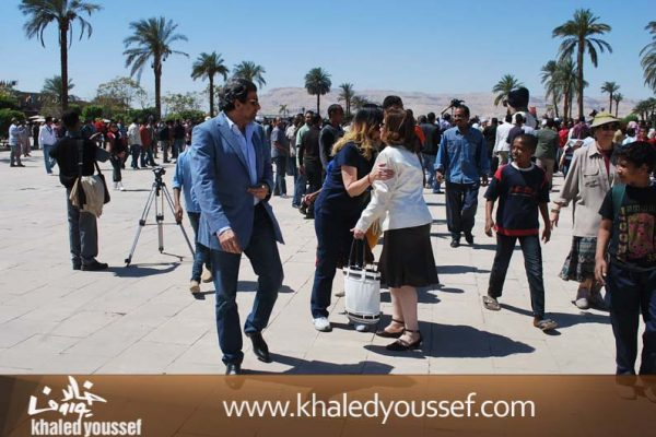 الحسينى-ويسرا-وخالد-يوسف-فى-افتتاح-مهرجان-الاقصر-2