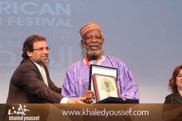 خالد-يوسف-فى-افتتاح-مهرجان-الاقصر-2013-2