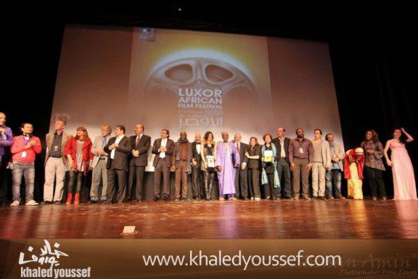 خالد-يوسف-وسيد-فؤاد-وفتحى-عبدالوهاب-ودره-وليلى-علوى-ويسرا-فى-افتتاح-مهرجان-الاقصر-2013-12