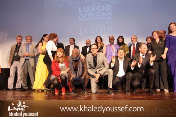 خالد-يوسف-وسيد-فؤاد-وفتحى-عبدالوهاب-ودره-وليلى-علوى-ويسرا-فى-افتتاح-مهرجان-الاقصر-2013-5
